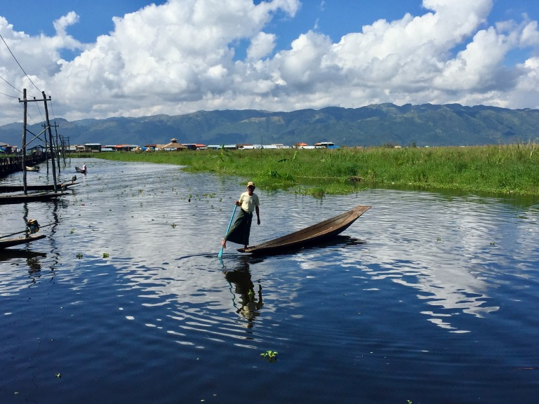 inle-lake-rower-christie-lee-2016